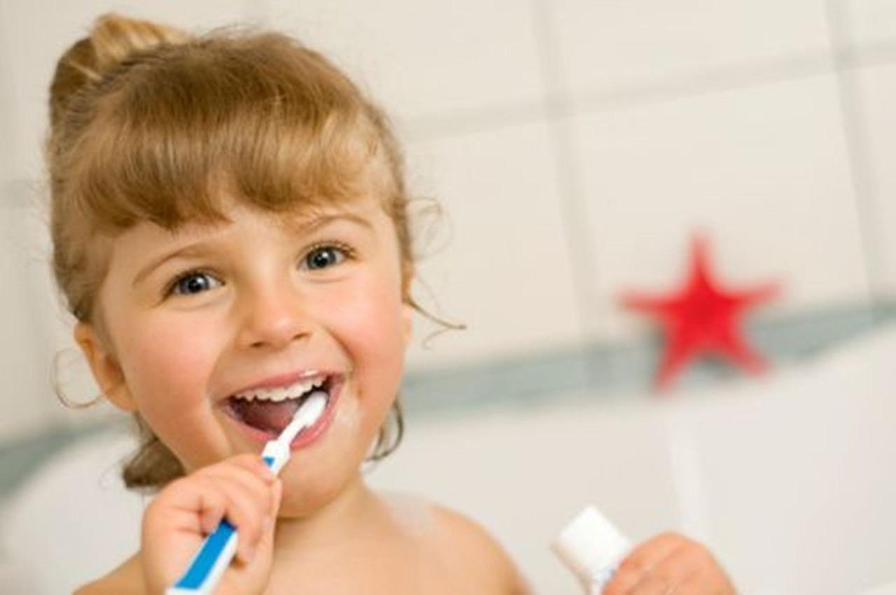 bien entretenir les dents de vos enfants